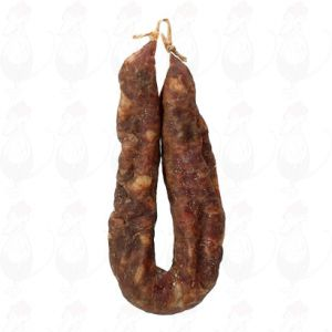 Dry sausage with delicious cloves