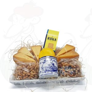 Cheese gift wooden basket