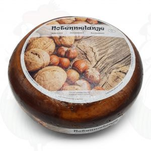 Nut blend cheese | Entire cheese 9,2 kilo / 19.32 lbs
